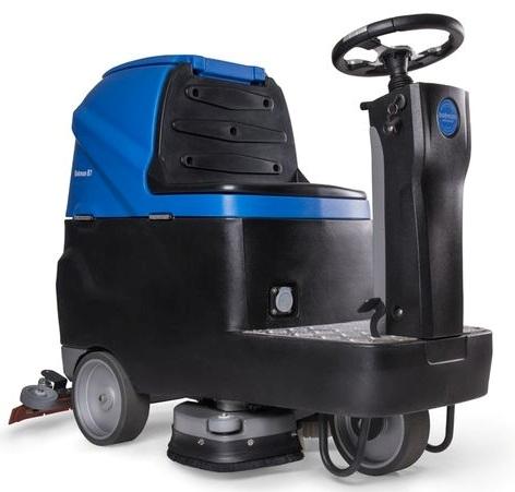 Elektrický mycí stroj se sedící obsluhou