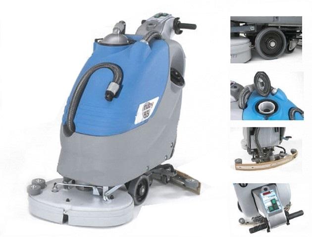 Elektrický mycí stroj s chodící obsluhou